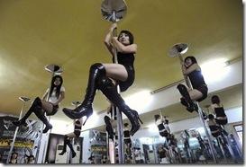 pole-dance-dancing-danse-poteau-cours-striptease