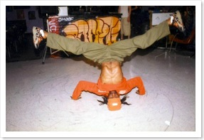 breakdance-break-dancing-hiphop-johnny-skywalker