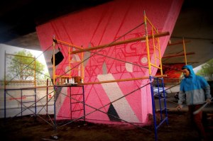piliers graffiti viaduc van horne isabelle winters peru dyer jalea murales