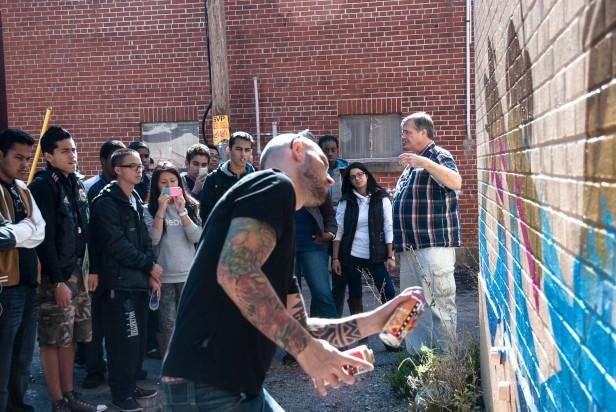 murale graffiti Ensù graffiteur fresque journees de la culture 2012