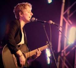 spectacle musique Catherine Dagenais show guitare