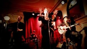 Édith Piaf Leonard Cohen Léo Ferré Angélique Duruisseau spectacle