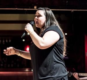 Amélie Prévost slameuse spectacle slam poésie art oratoire est montréal